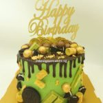 Real Green Tea & Chocolate MONEY PULLING CAKEMoney Pulling Cake, Customized Green Tea Drip Cake, chocolate and gold.